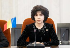 S-a inventat furtul electoral cu o singura mana! In Botosani: DoinaFederovici !