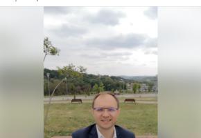 """Vesti proaste pentru Cosmin Andrei! """"Va pierde alegerile""""! Previziunile campionilor la table din Parcul Mihai Eminescu!"""